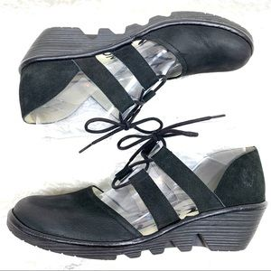 Fly London lace up Poma black oxford wedge size 39